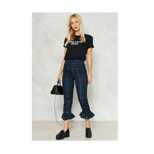 NWT Nastygal plaid cropped pants size 4